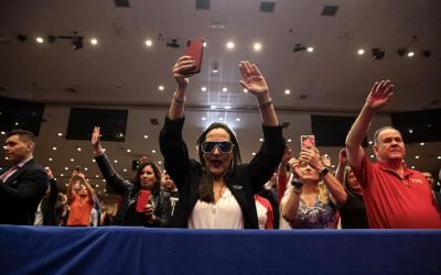 Los Protestantes latinos son más conservadores y apoyan a Trump más  que los Católicos latinos, según una encuesta